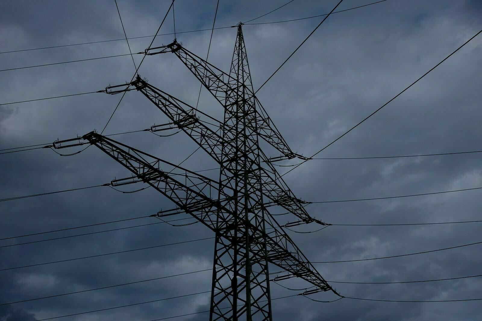 Strommast am Umspannwerk 1