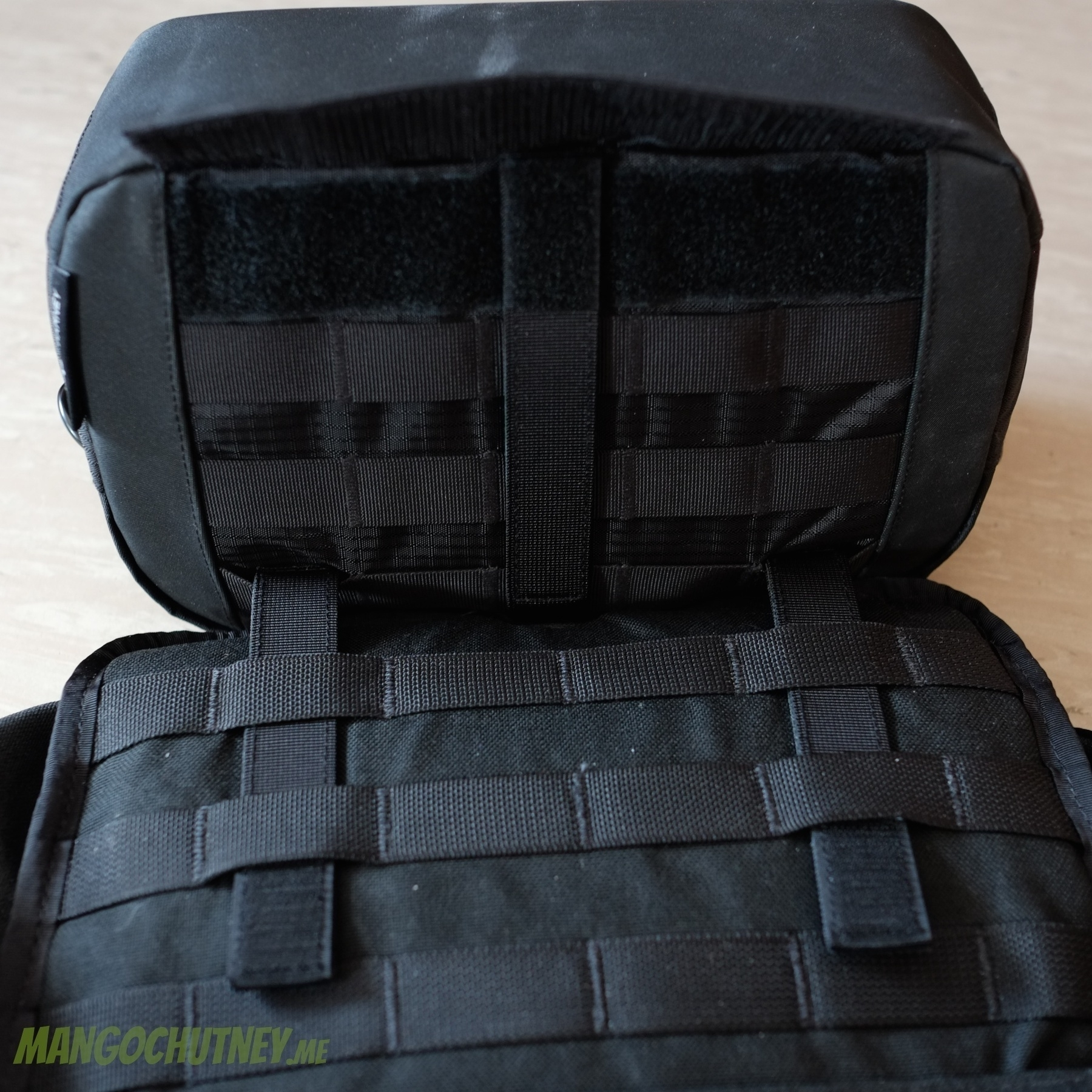 Attaching the f-stop Harney Pouch in the Goruck GR0 1